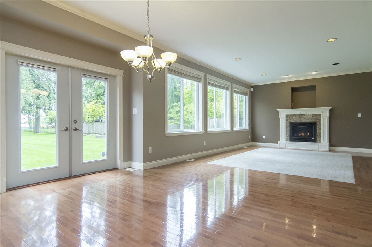 Detached at 21806 86A AVENUE, Langley, British Columbia. Image 7