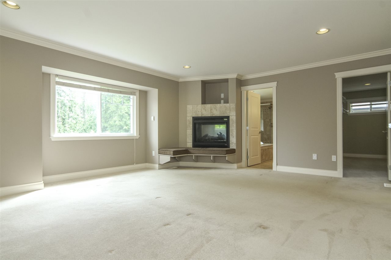 Detached at 21806 86A AVENUE, Langley, British Columbia. Image 8