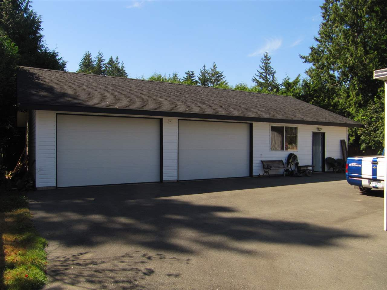 Detached at 19854 37A AVENUE, Langley, British Columbia. Image 1