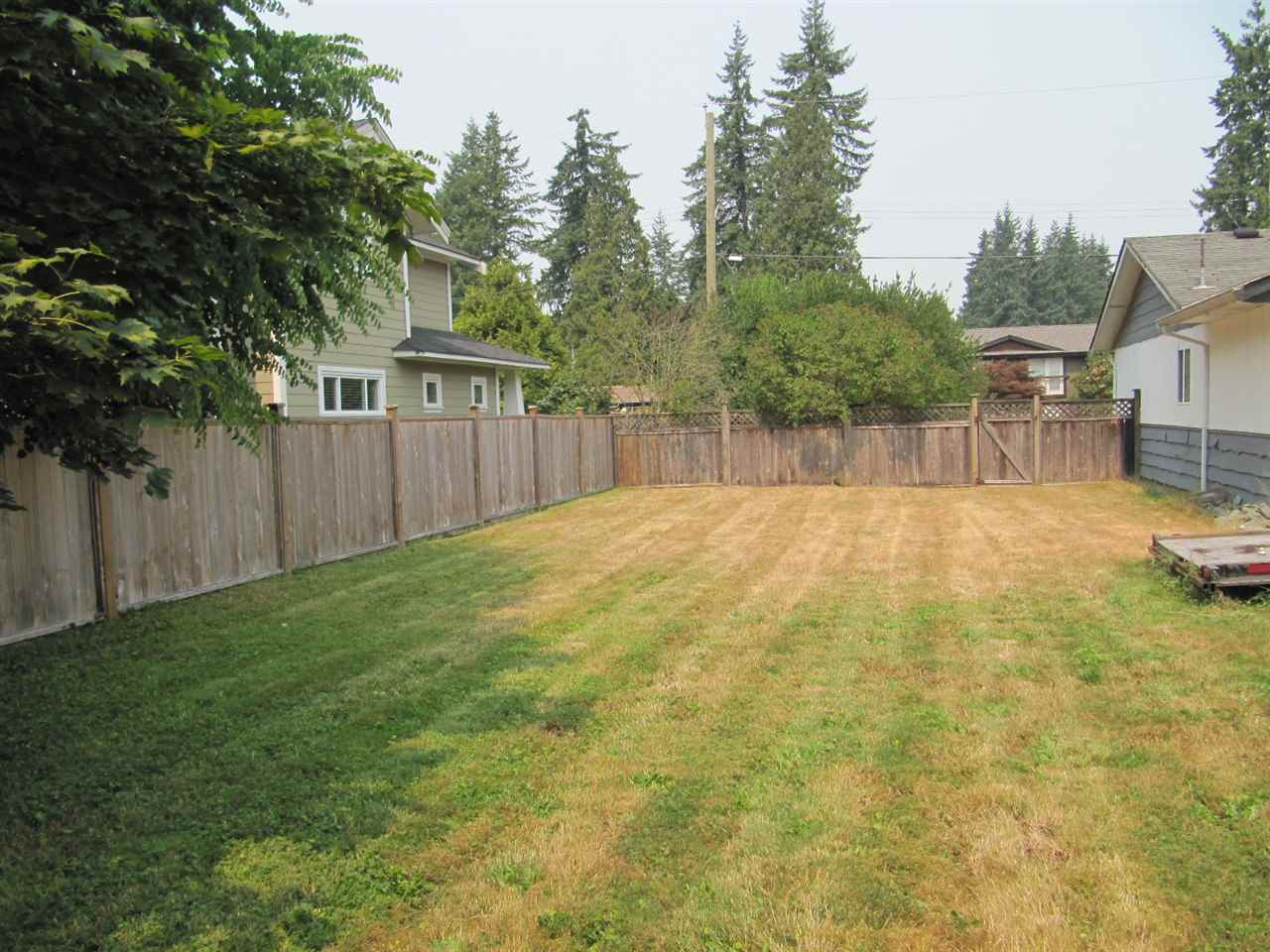 Detached at 19854 37A AVENUE, Langley, British Columbia. Image 3