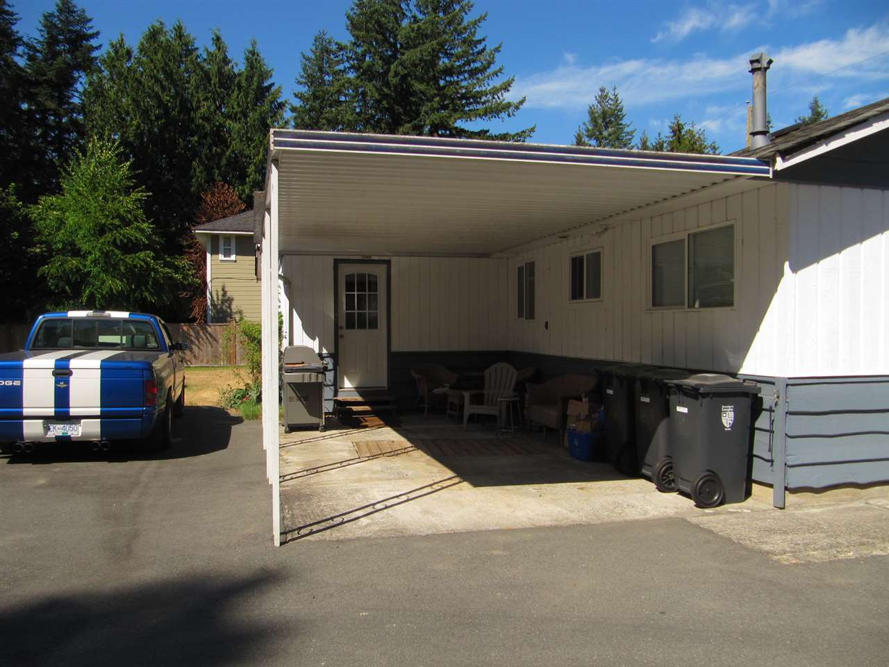 Detached at 19854 37A AVENUE, Langley, British Columbia. Image 6