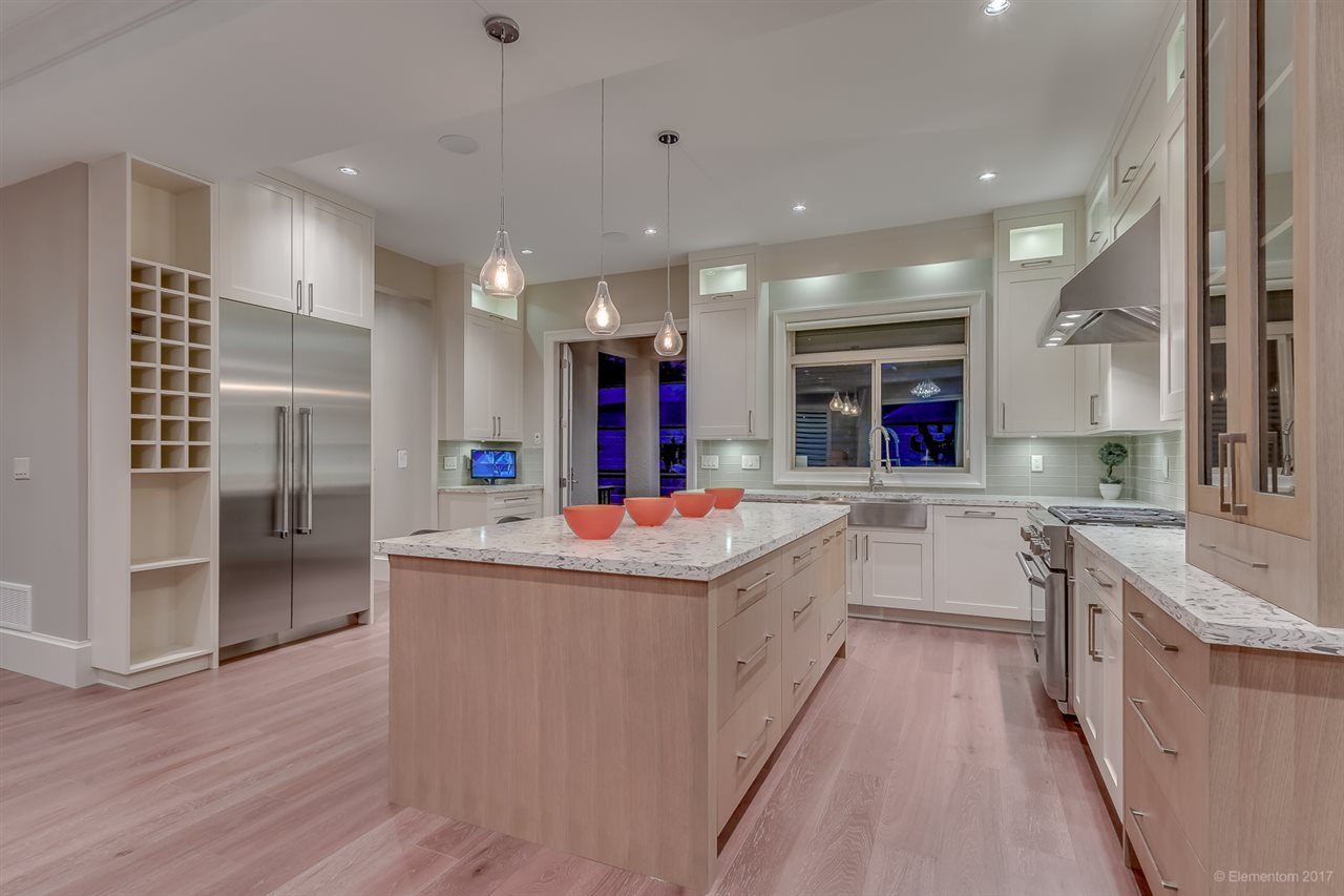 Detached at 410 RIVERVIEW CRESCENT, Coquitlam, British Columbia. Image 5