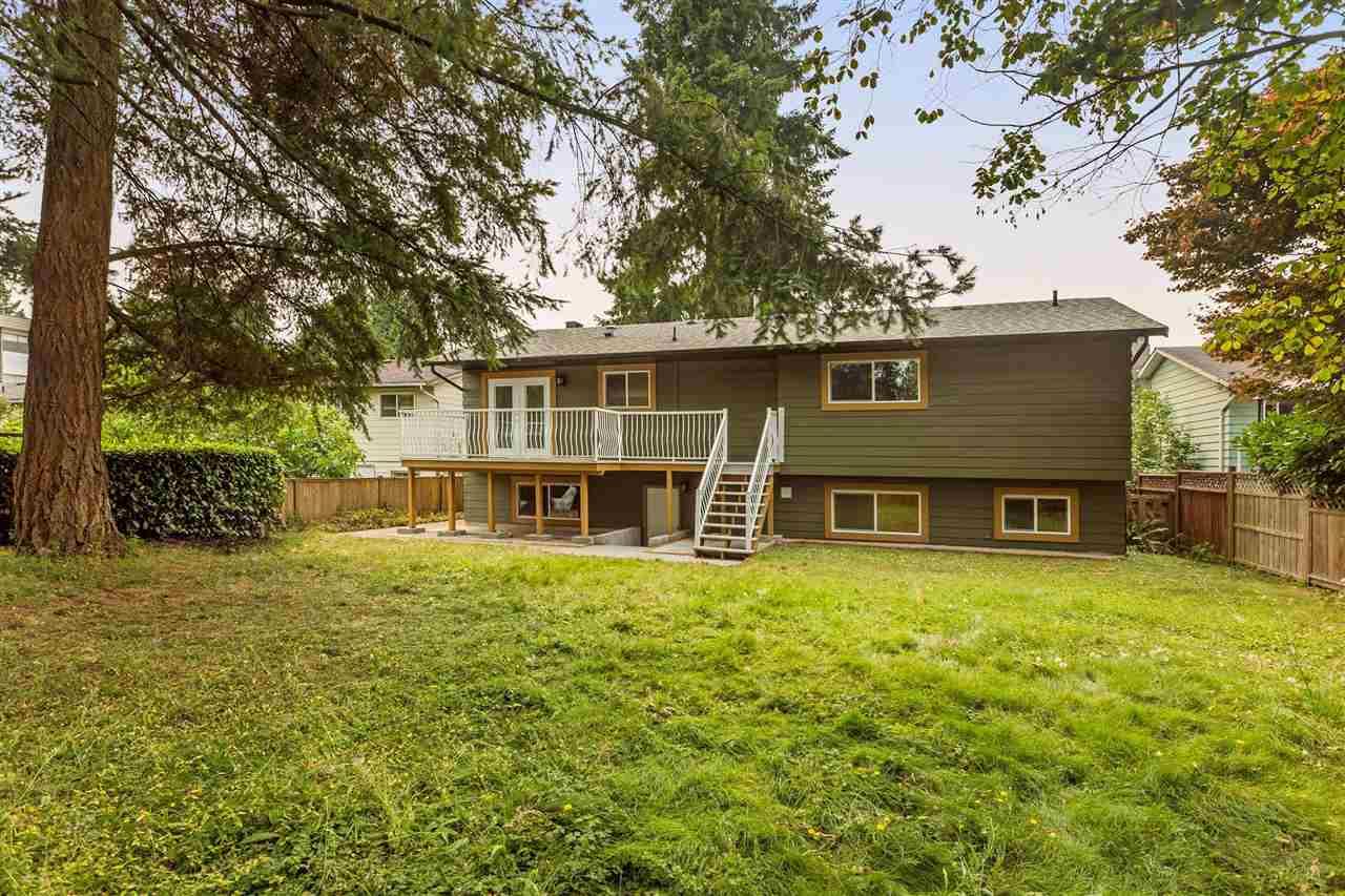Detached at 11924 212TH STREET, Maple Ridge, British Columbia. Image 18