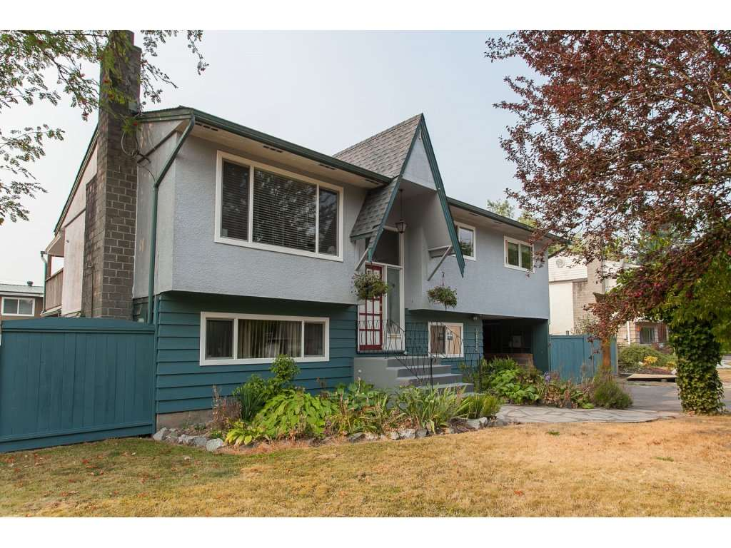 Detached at 27292 29A AVENUE, Langley, British Columbia. Image 1