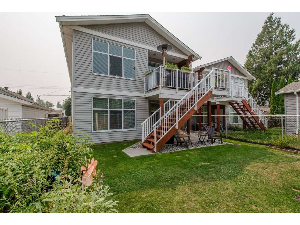 Detached at 45525 REECE AVENUE, Chilliwack, British Columbia. Image 19