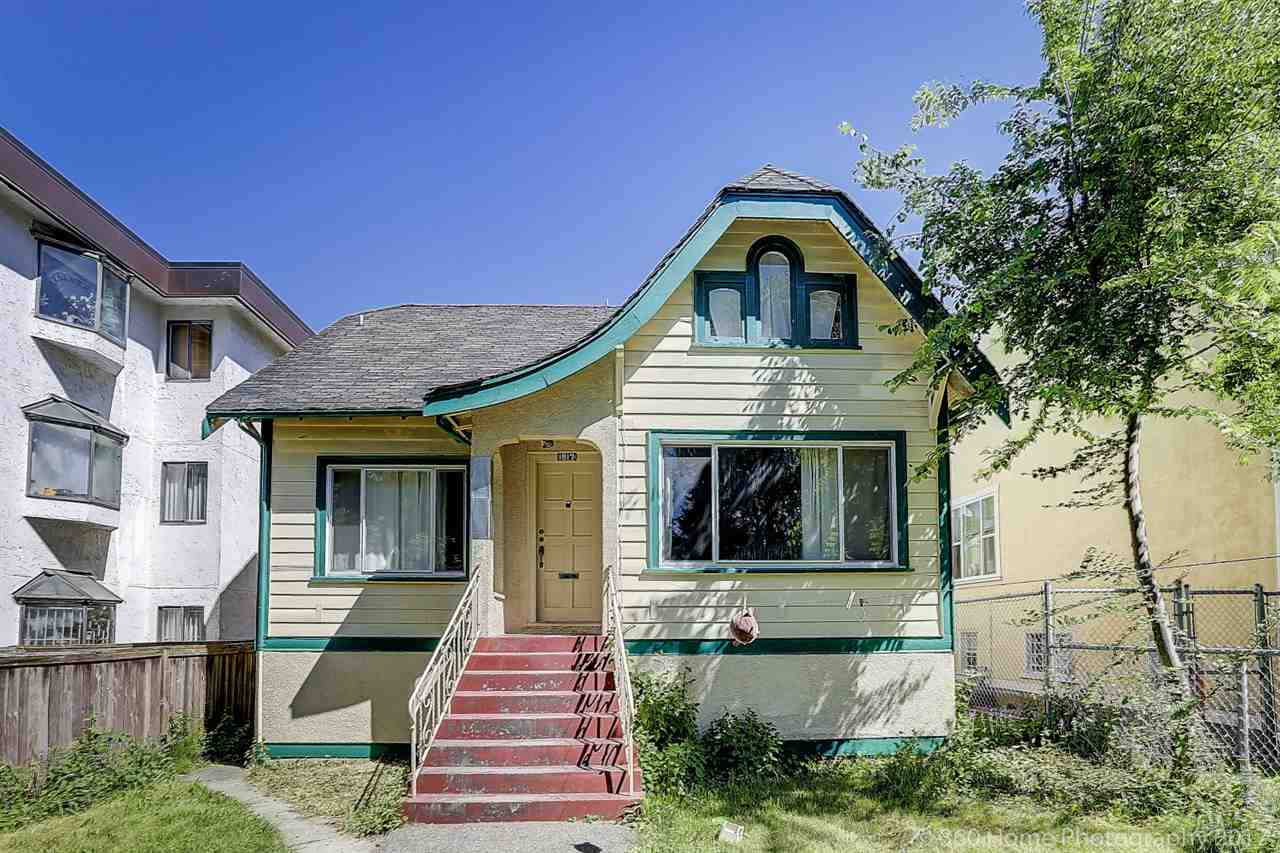 Detached at 1517 FRANCES STREET, Vancouver East, British Columbia. Image 1