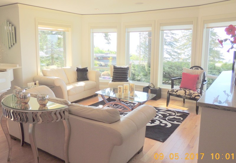 Detached at 1357 EVERALL STREET, South Surrey White Rock, British Columbia. Image 9