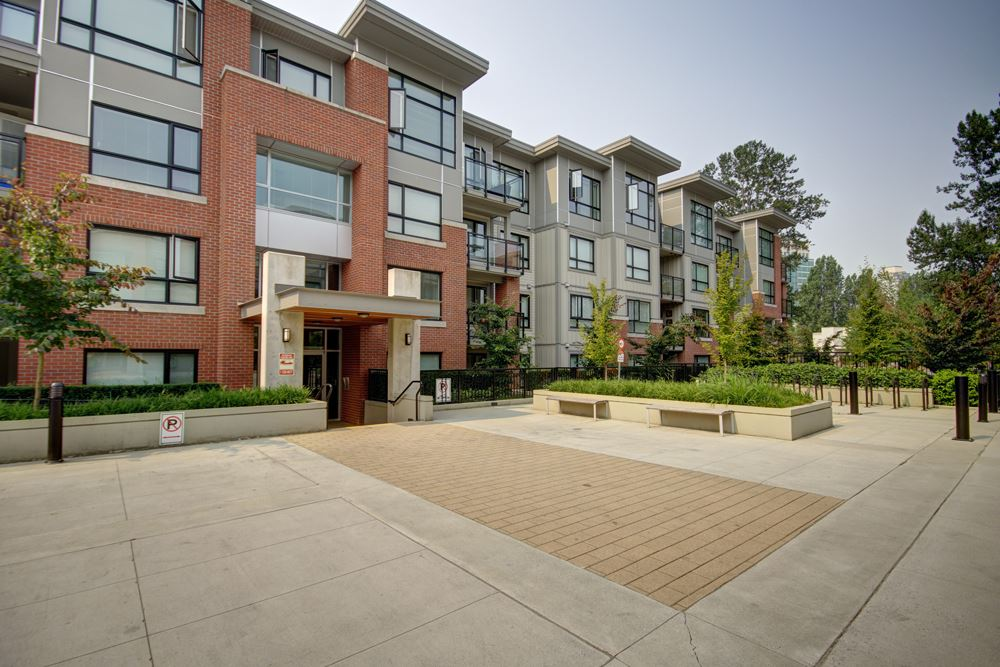 Condo Apartment at 115 7088 14TH AVENUE, Unit 115, Burnaby East, British Columbia. Image 3