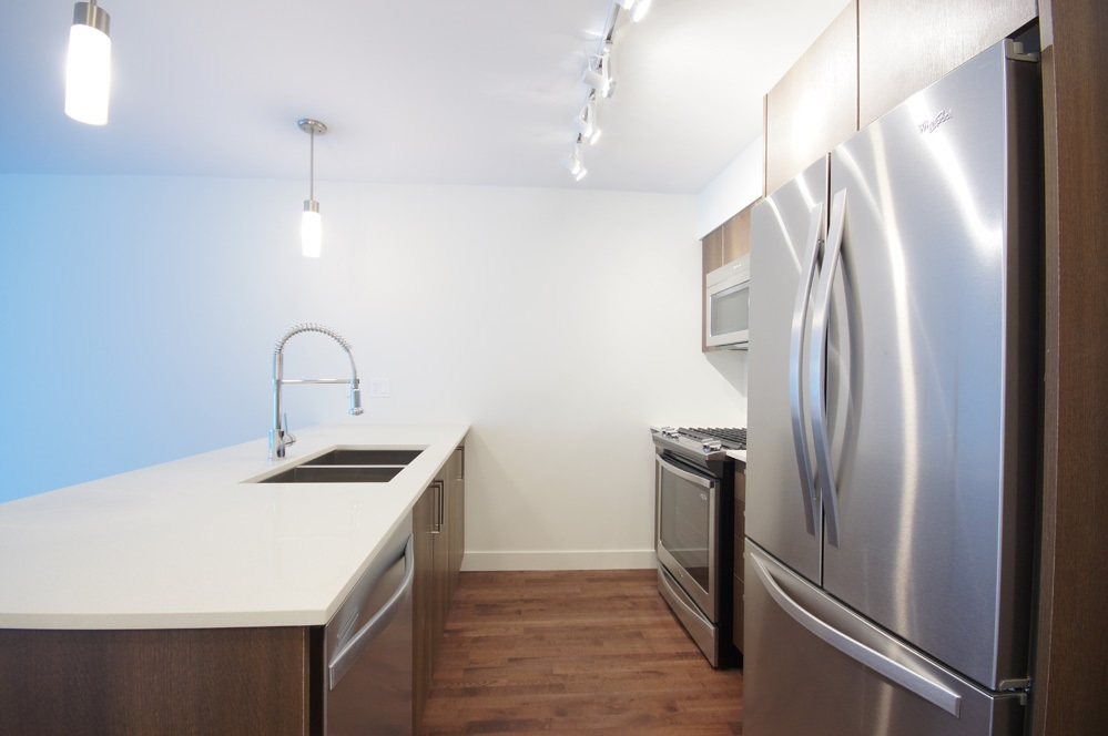 Condo Apartment at 115 7088 14TH AVENUE, Unit 115, Burnaby East, British Columbia. Image 7