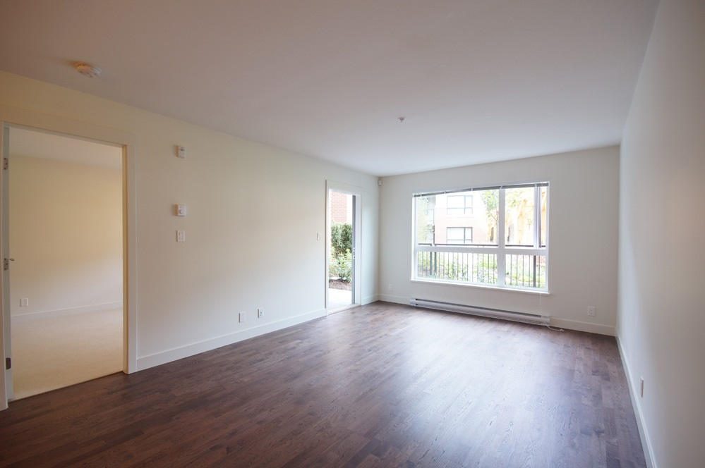 Condo Apartment at 115 7088 14TH AVENUE, Unit 115, Burnaby East, British Columbia. Image 12