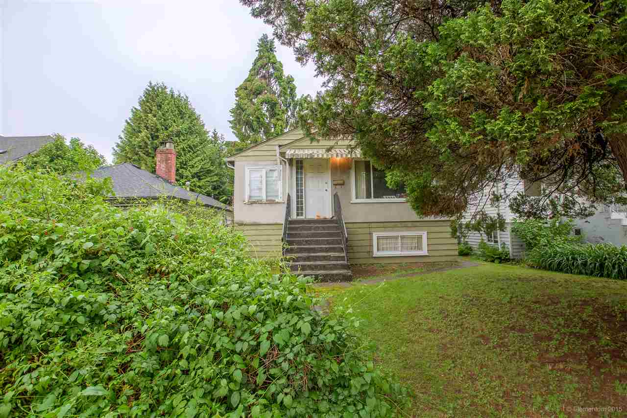 Detached at 3960 NOOTKA STREET, Vancouver East, British Columbia. Image 3