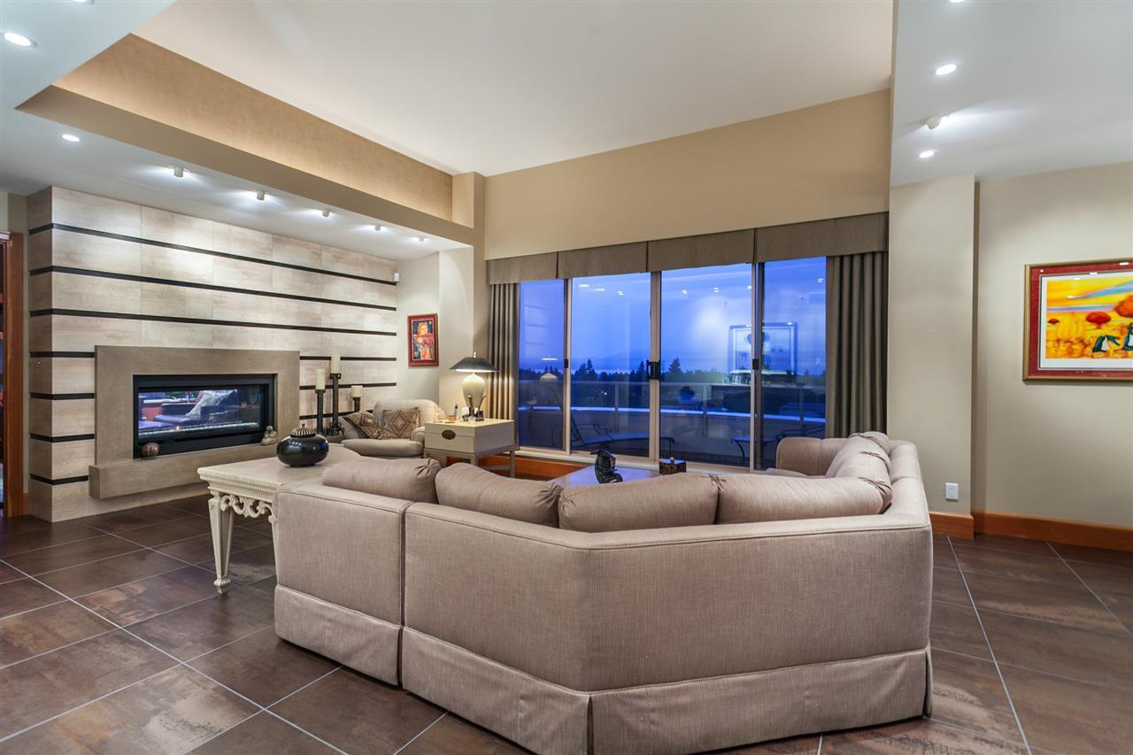 Condo Apartment at PH3 2350 W 39TH AVENUE, Unit PH3, Vancouver West, British Columbia. Image 1
