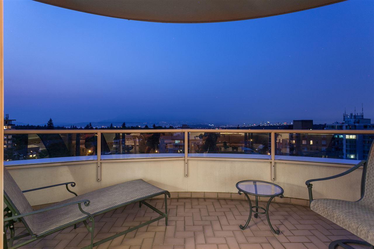 Condo Apartment at PH3 2350 W 39TH AVENUE, Unit PH3, Vancouver West, British Columbia. Image 2