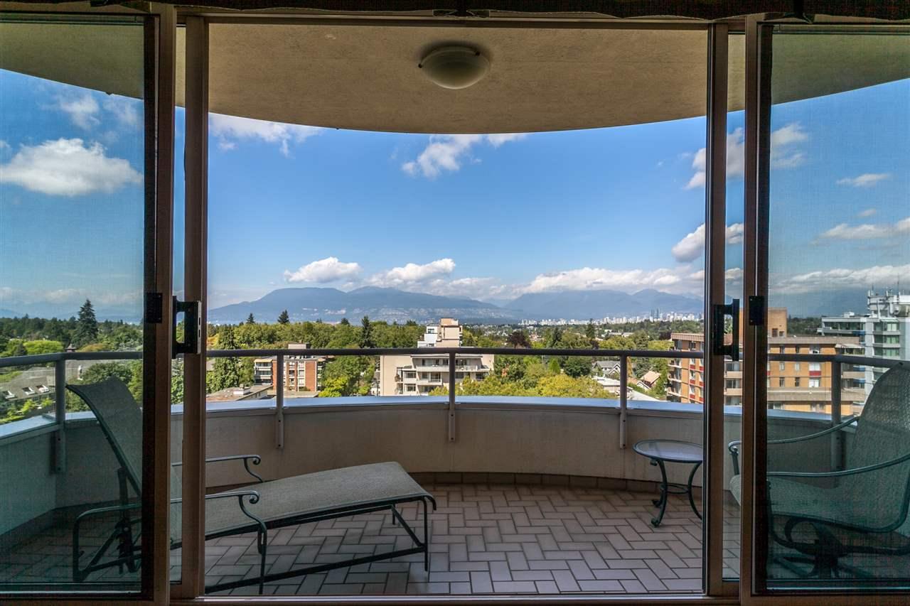 Condo Apartment at PH3 2350 W 39TH AVENUE, Unit PH3, Vancouver West, British Columbia. Image 3