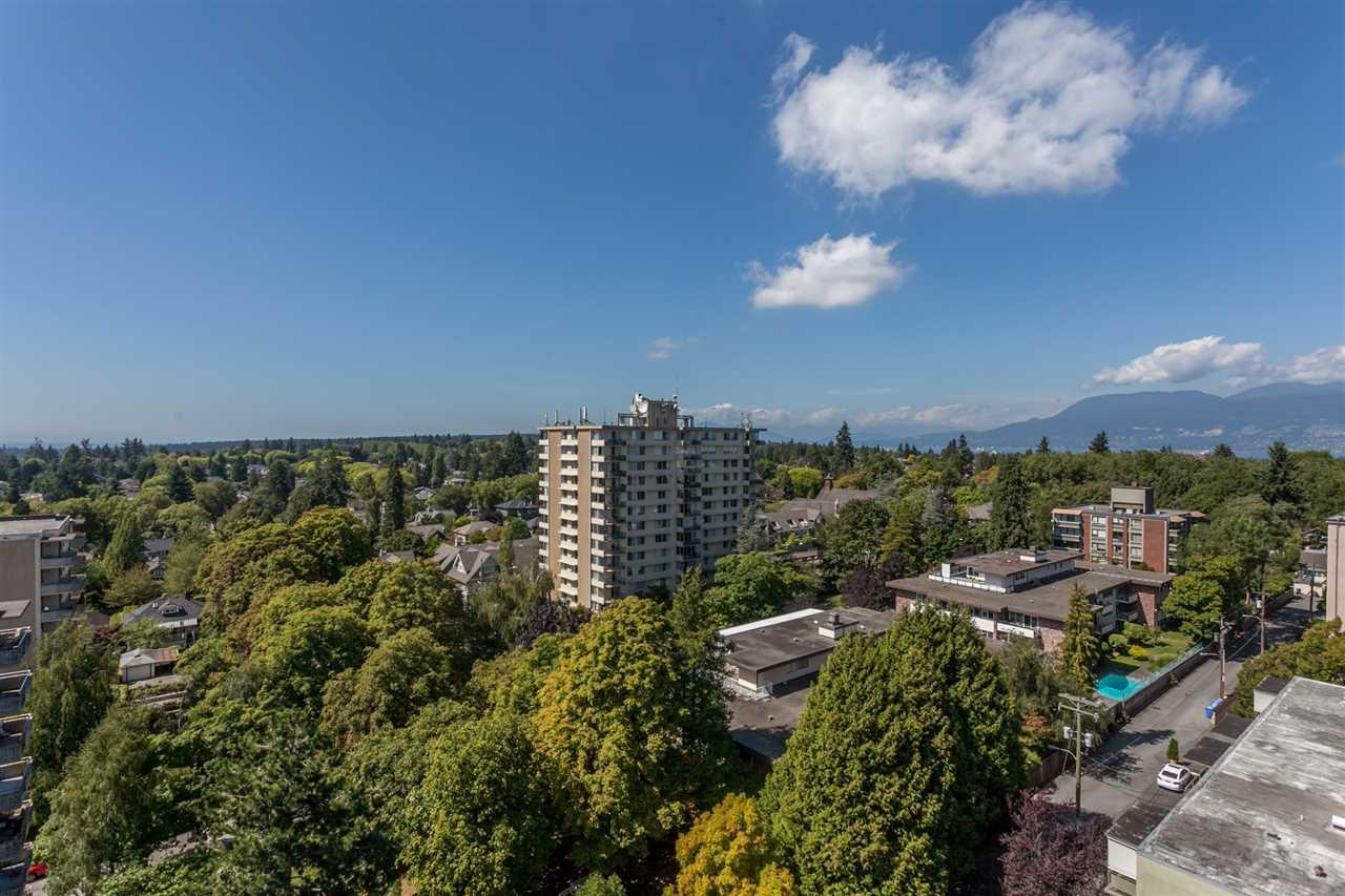 Condo Apartment at PH3 2350 W 39TH AVENUE, Unit PH3, Vancouver West, British Columbia. Image 4