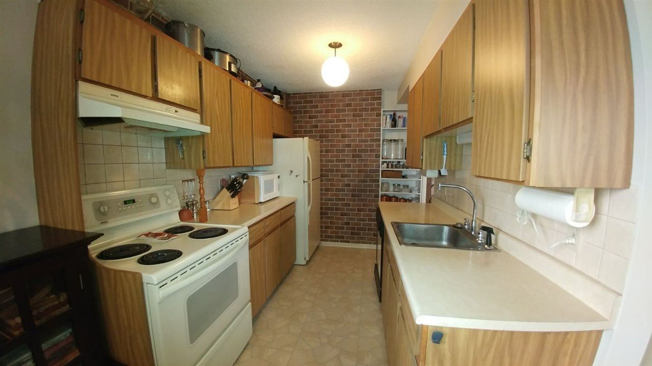 Condo Apartment at 502 5645 BARKER AVENUE, Unit 502, Burnaby South, British Columbia. Image 2