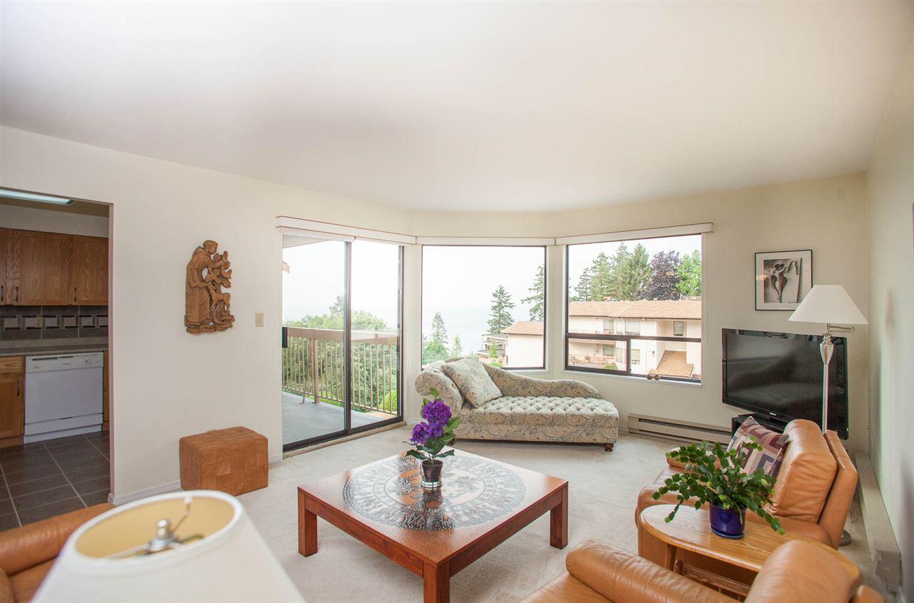 Condo Apartment at 406 1350 VIDAL STREET, Unit 406, South Surrey White Rock, British Columbia. Image 5