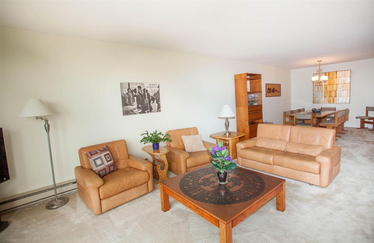 Condo Apartment at 406 1350 VIDAL STREET, Unit 406, South Surrey White Rock, British Columbia. Image 6