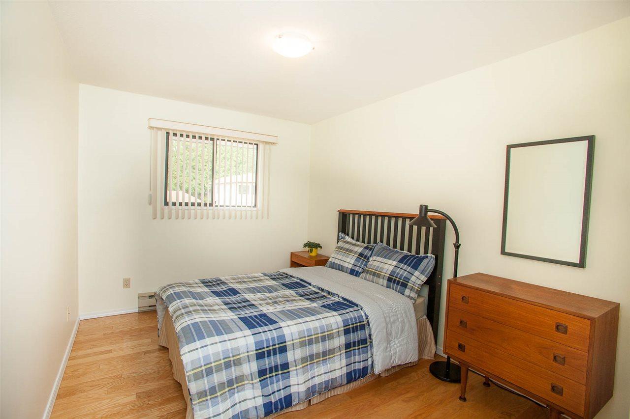 Condo Apartment at 406 1350 VIDAL STREET, Unit 406, South Surrey White Rock, British Columbia. Image 17