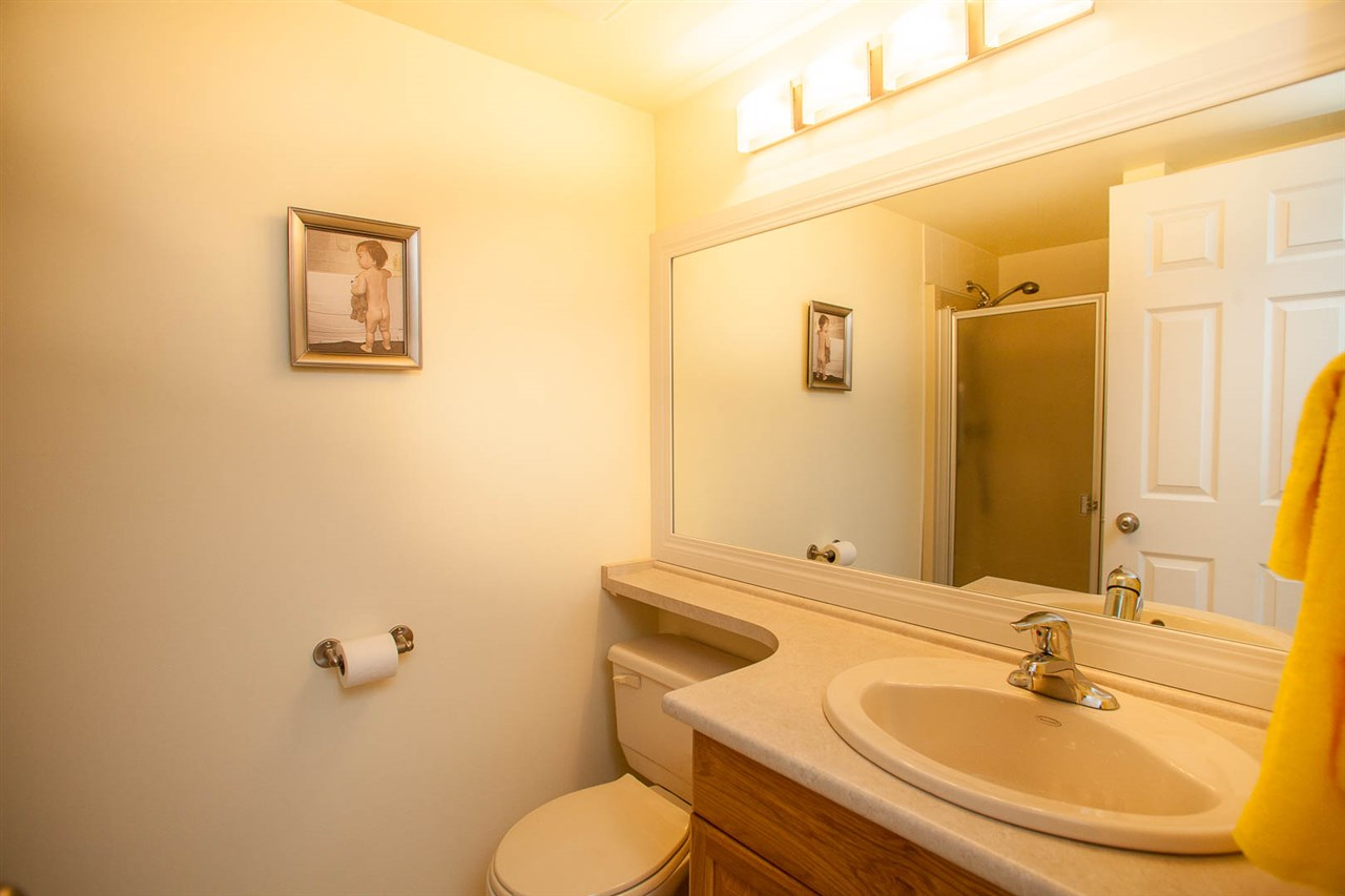 Condo Apartment at 406 1350 VIDAL STREET, Unit 406, South Surrey White Rock, British Columbia. Image 18