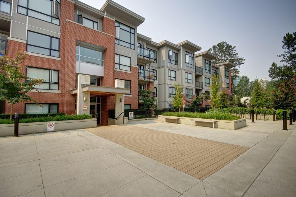 Condo Apartment at 416 7058 14TH AVENUE, Unit 416, Burnaby East, British Columbia. Image 3