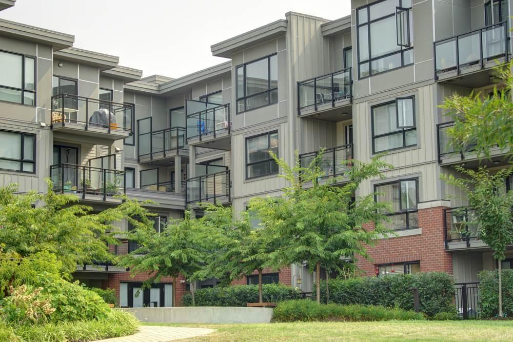 Condo Apartment at 416 7058 14TH AVENUE, Unit 416, Burnaby East, British Columbia. Image 5