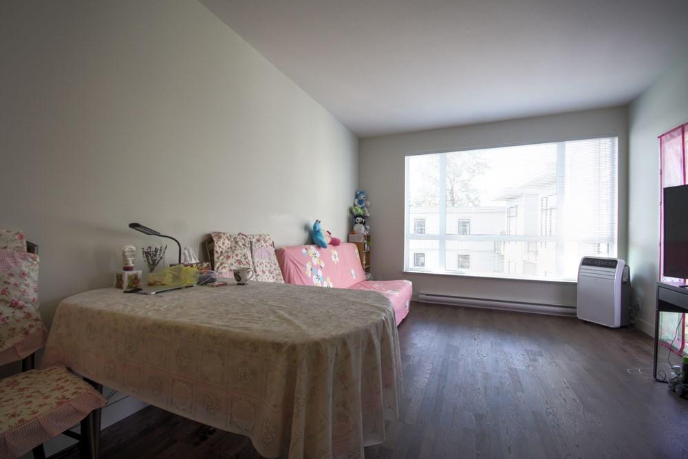 Condo Apartment at 416 7058 14TH AVENUE, Unit 416, Burnaby East, British Columbia. Image 9