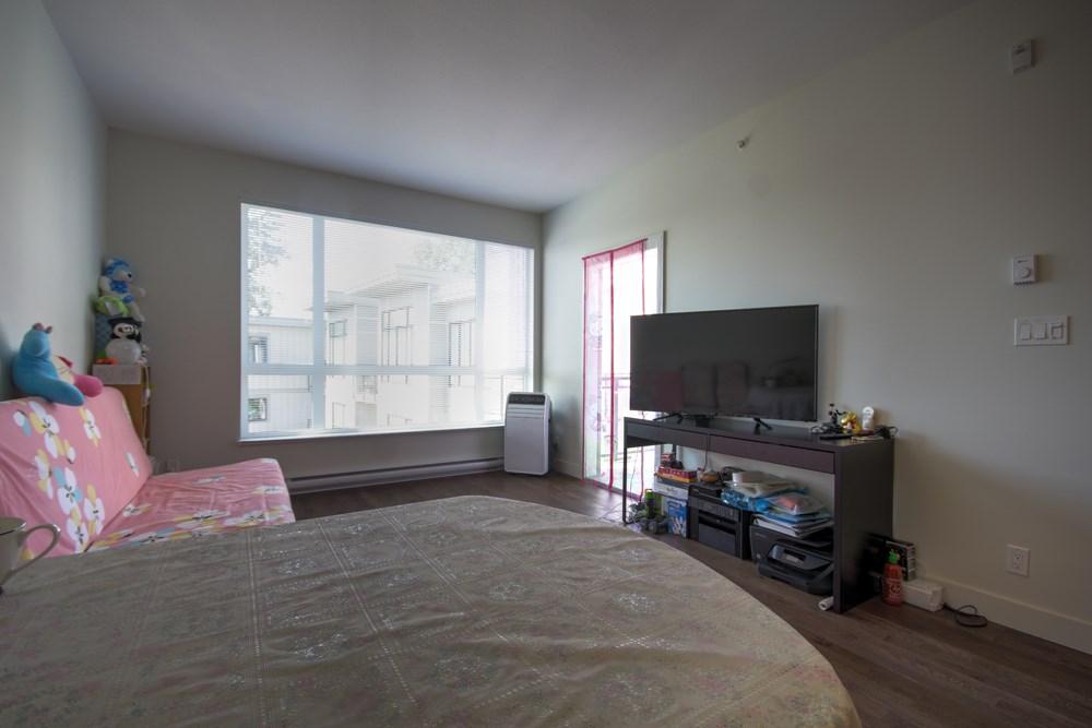 Condo Apartment at 416 7058 14TH AVENUE, Unit 416, Burnaby East, British Columbia. Image 10