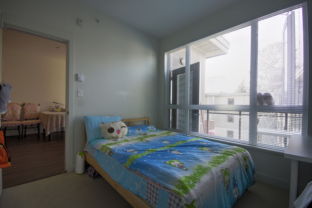 Condo Apartment at 416 7058 14TH AVENUE, Unit 416, Burnaby East, British Columbia. Image 12