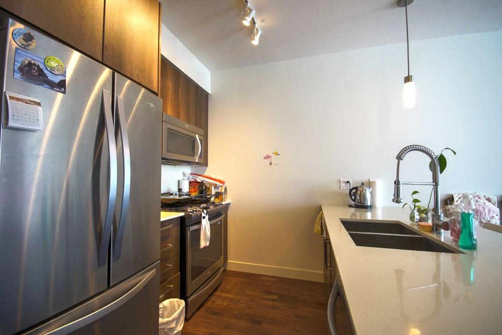 Condo Apartment at 416 7058 14TH AVENUE, Unit 416, Burnaby East, British Columbia. Image 17