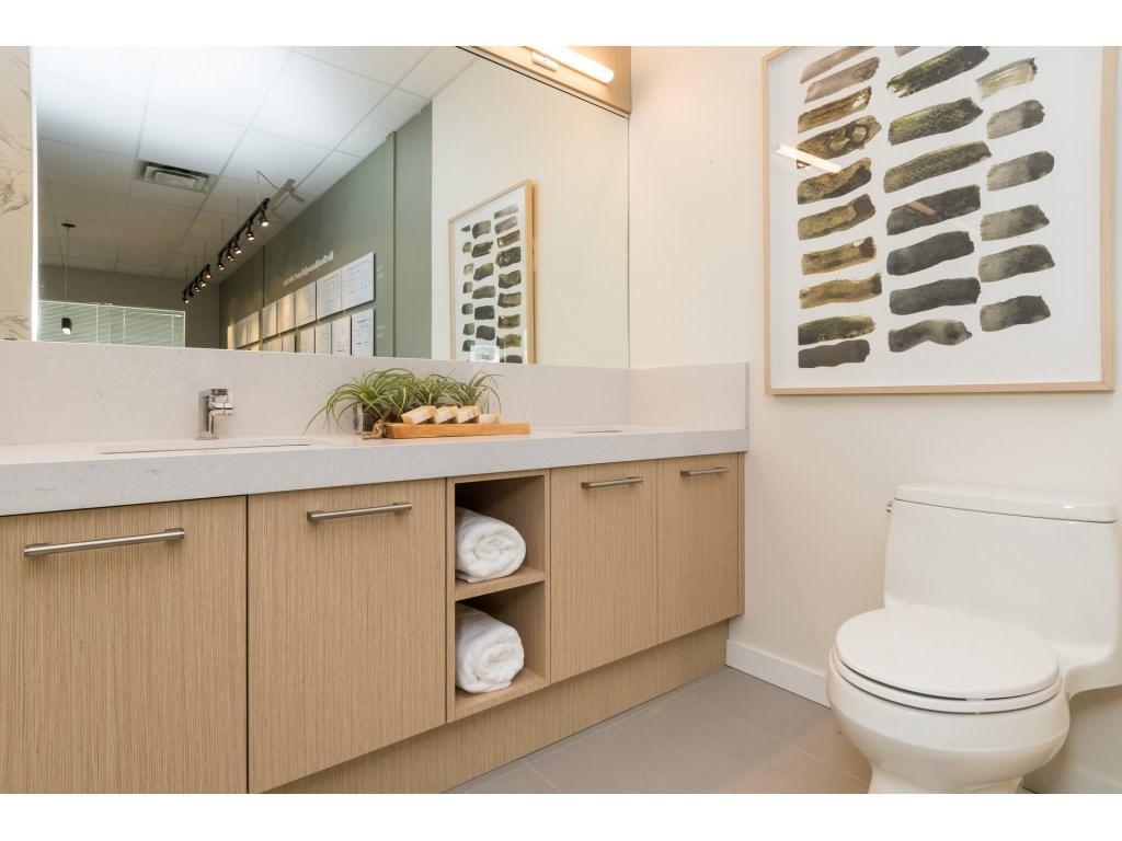 Condo Apartment at 501 14022 NORTH BLUFF ROAD, Unit 501, South Surrey White Rock, British Columbia. Image 14