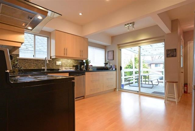 Detached at 886 W 61ST AVENUE, Vancouver West, British Columbia. Image 7