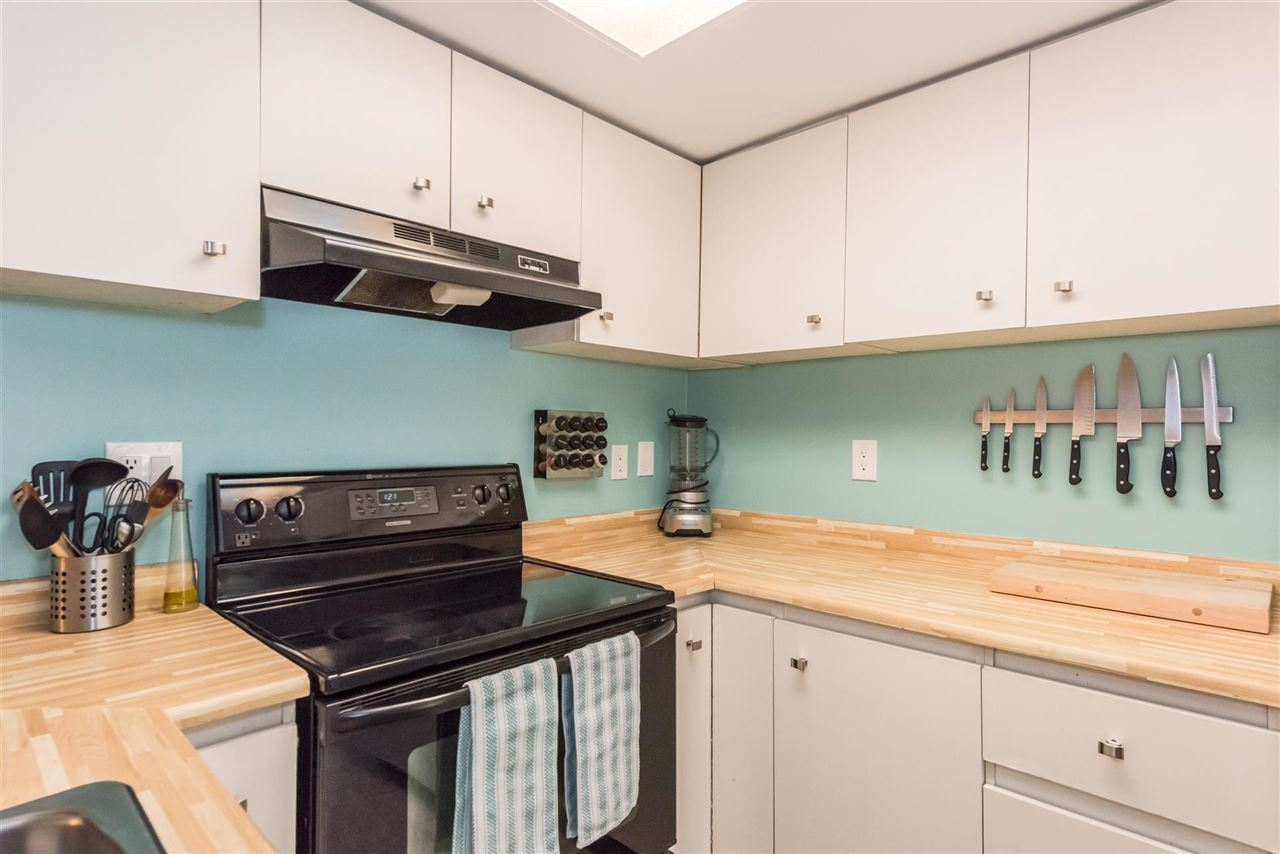 Townhouse at 8167 LAVAL PLACE, Vancouver East, British Columbia. Image 5