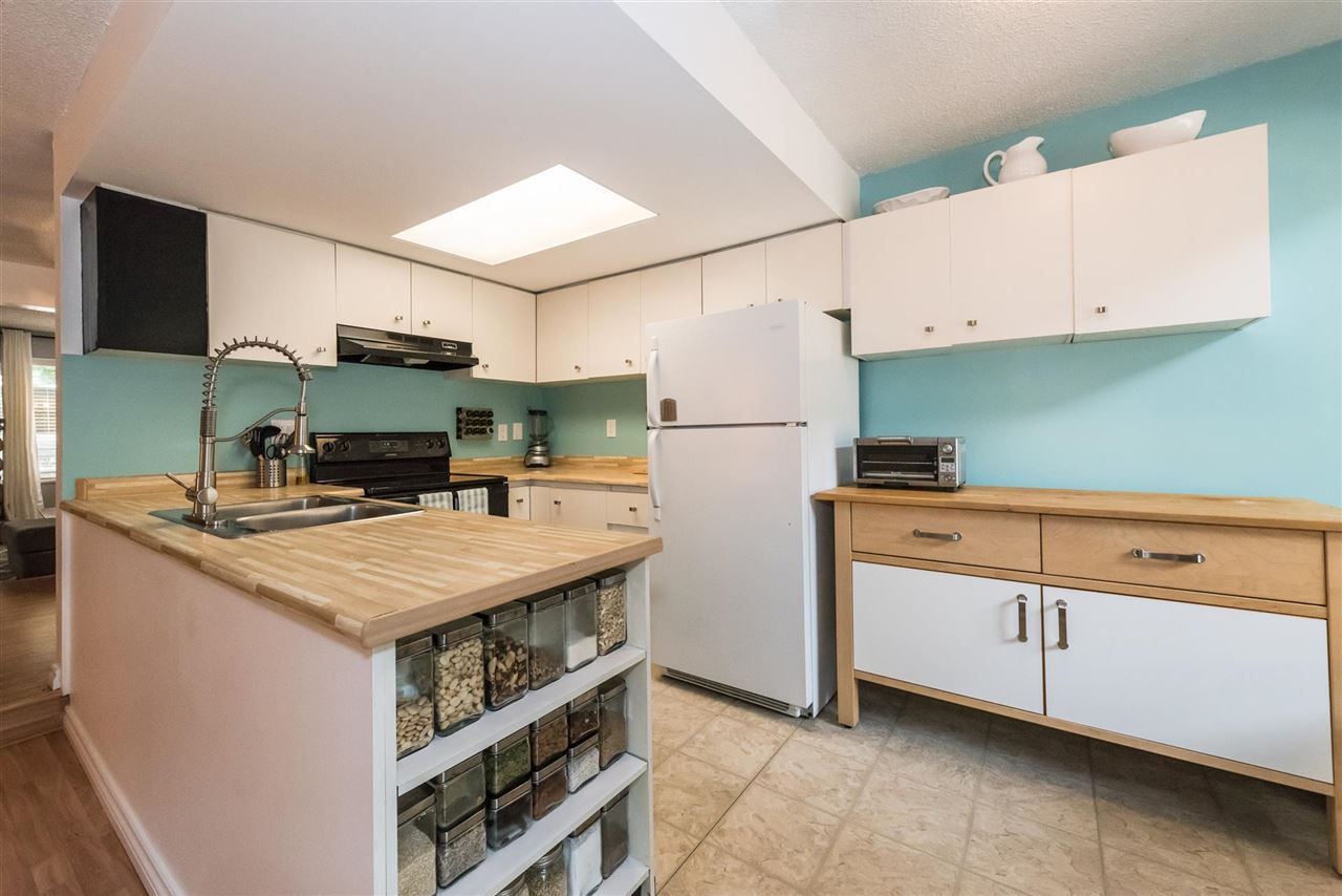 Townhouse at 8167 LAVAL PLACE, Vancouver East, British Columbia. Image 6