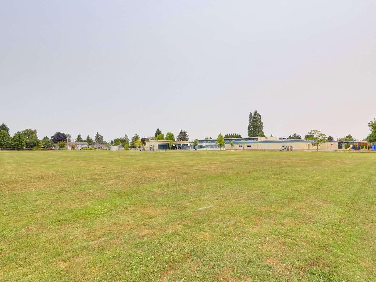 Detached at 4283 48B STREET, Ladner, British Columbia. Image 20