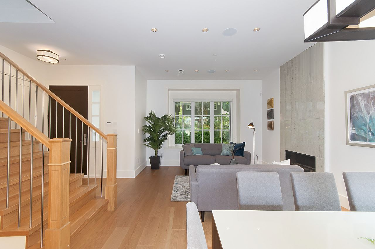 Detached at 4143 W 13TH AVENUE, Vancouver West, British Columbia. Image 2