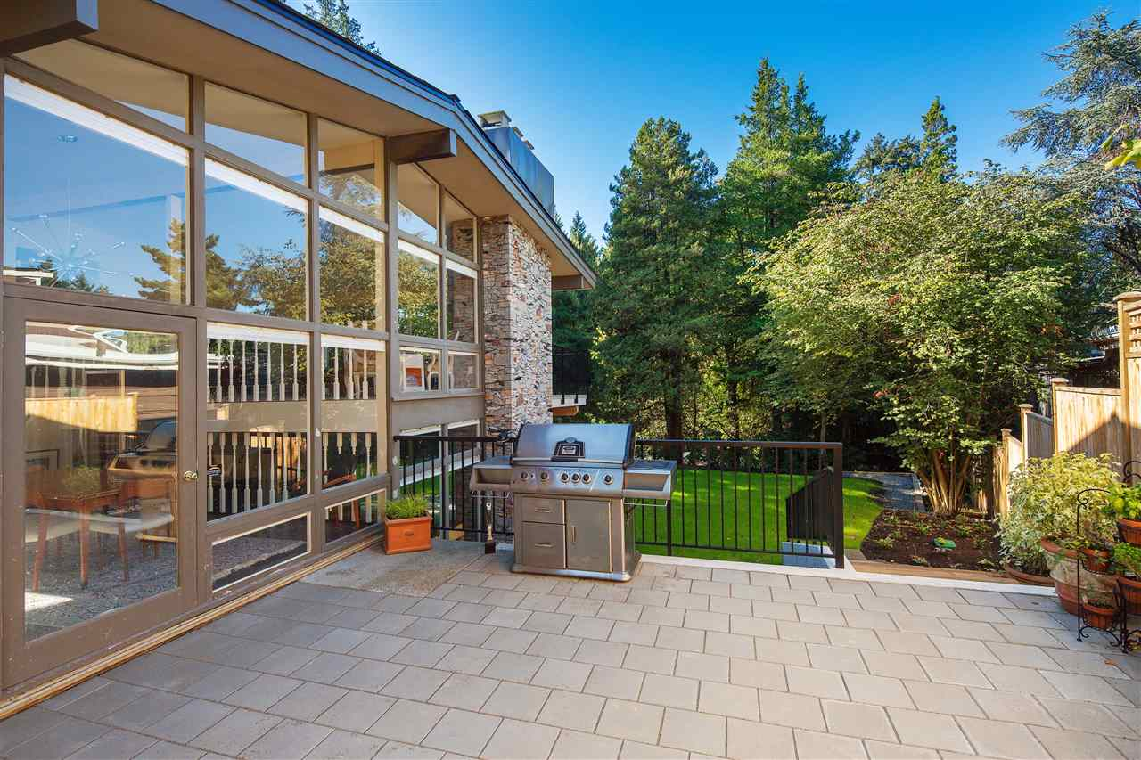 Detached at 6137 COLLINGWOOD PLACE, Vancouver West, British Columbia. Image 2