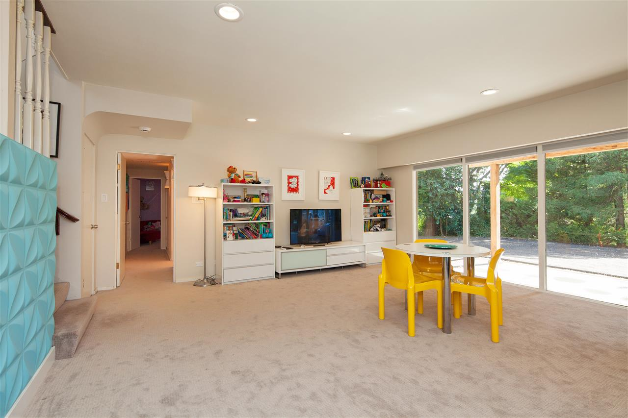 Detached at 6137 COLLINGWOOD PLACE, Vancouver West, British Columbia. Image 11