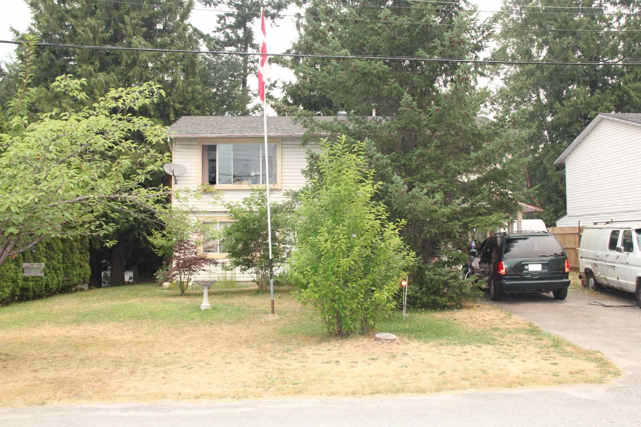 Detached at 63827 BEECH AVENUE, Hope, British Columbia. Image 2