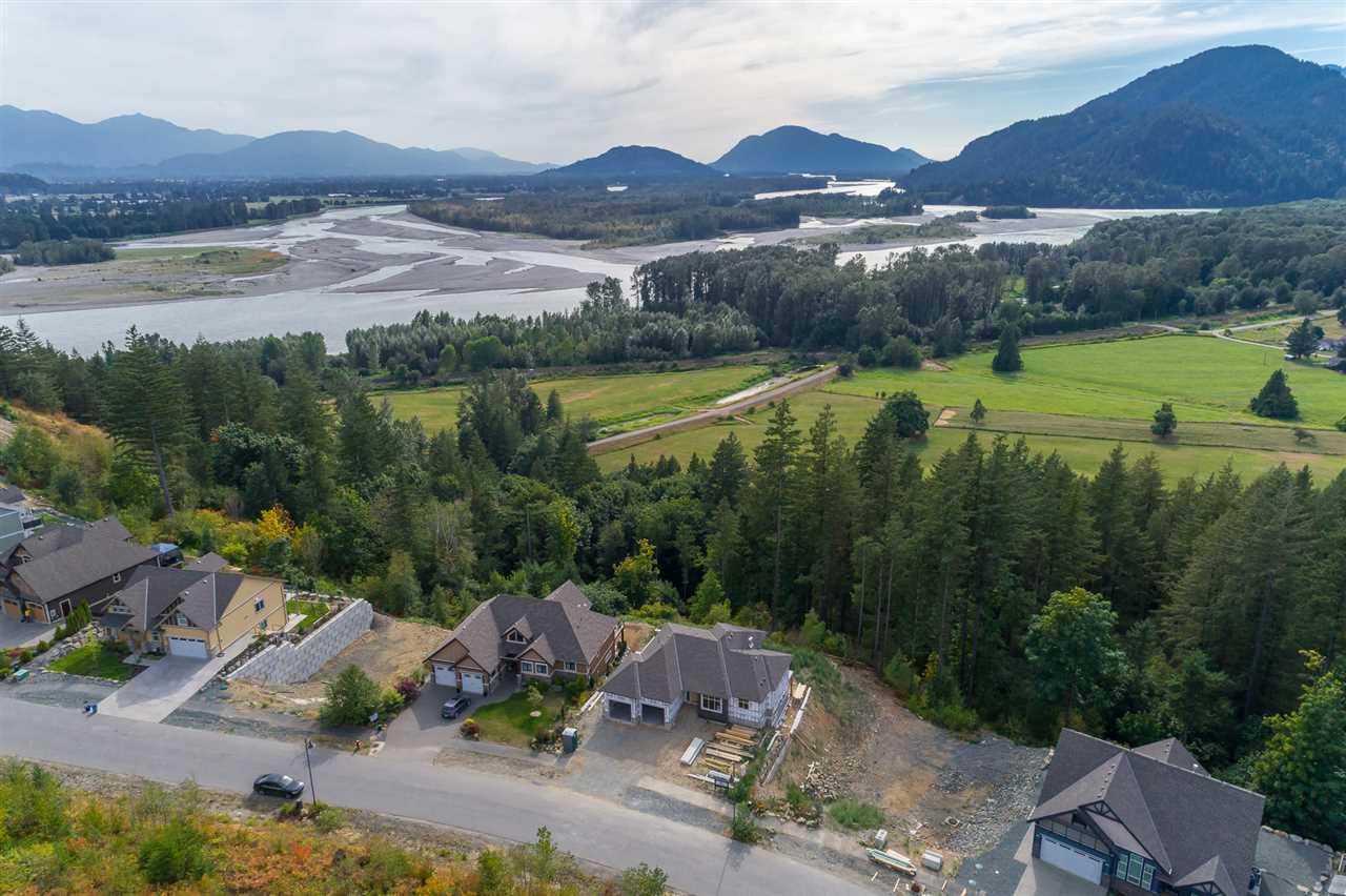 Detached at 1479 HIGHLANDS BOULEVARD, Harrison Mills / Mt Woodside, British Columbia. Image 7