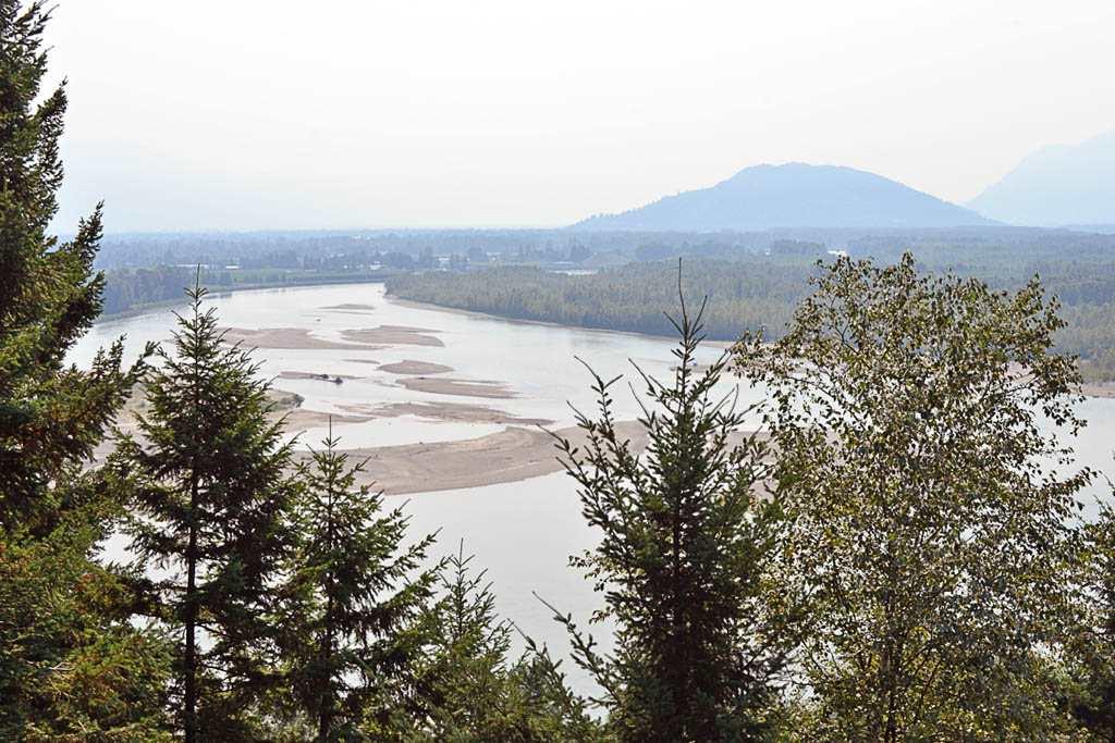 Detached at 1479 HIGHLANDS BOULEVARD, Harrison Mills / Mt Woodside, British Columbia. Image 9
