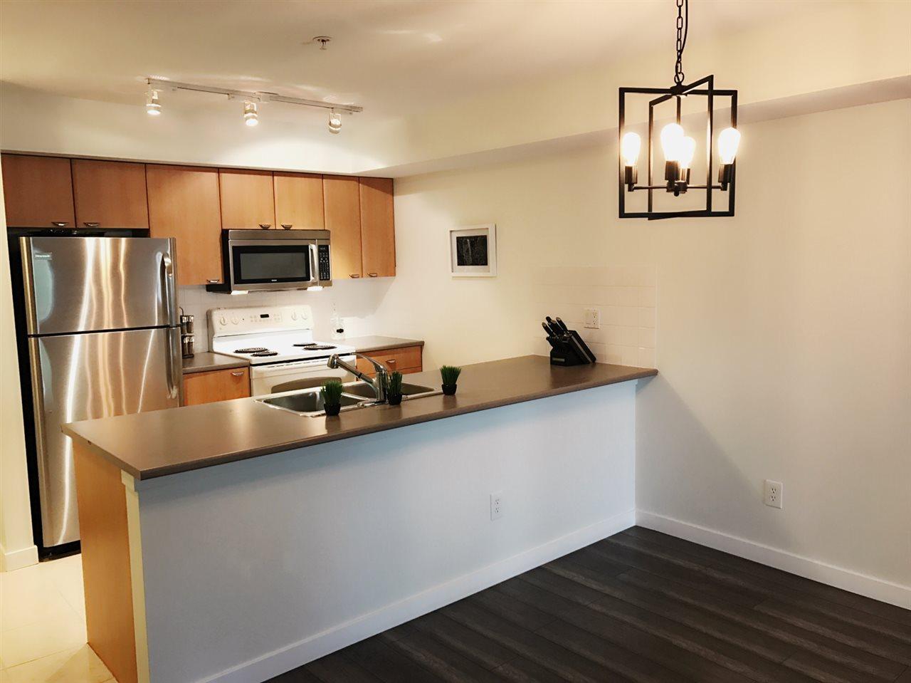 Condo Apartment at 211 10088 148 STREET, Unit 211, North Surrey, British Columbia. Image 4