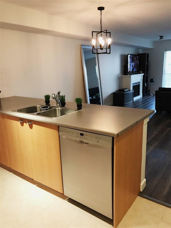 Condo Apartment at 211 10088 148 STREET, Unit 211, North Surrey, British Columbia. Image 5
