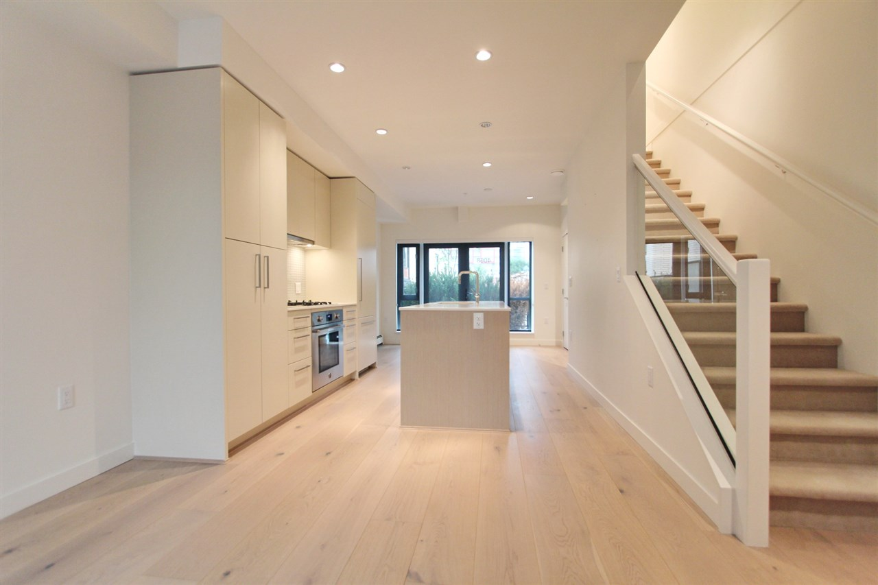 Townhouse at 4068 ASH STREET, Vancouver West, British Columbia. Image 2