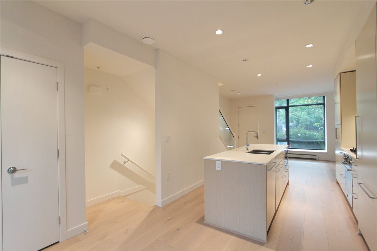 Townhouse at 4068 ASH STREET, Vancouver West, British Columbia. Image 3