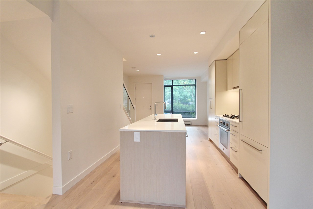 Townhouse at 4068 ASH STREET, Vancouver West, British Columbia. Image 4