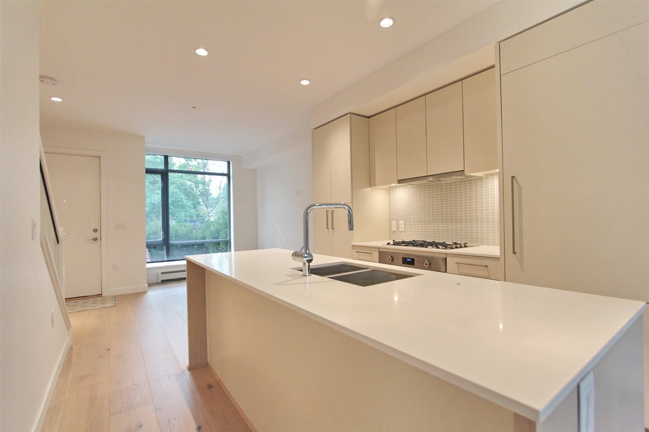 Townhouse at 4068 ASH STREET, Vancouver West, British Columbia. Image 5