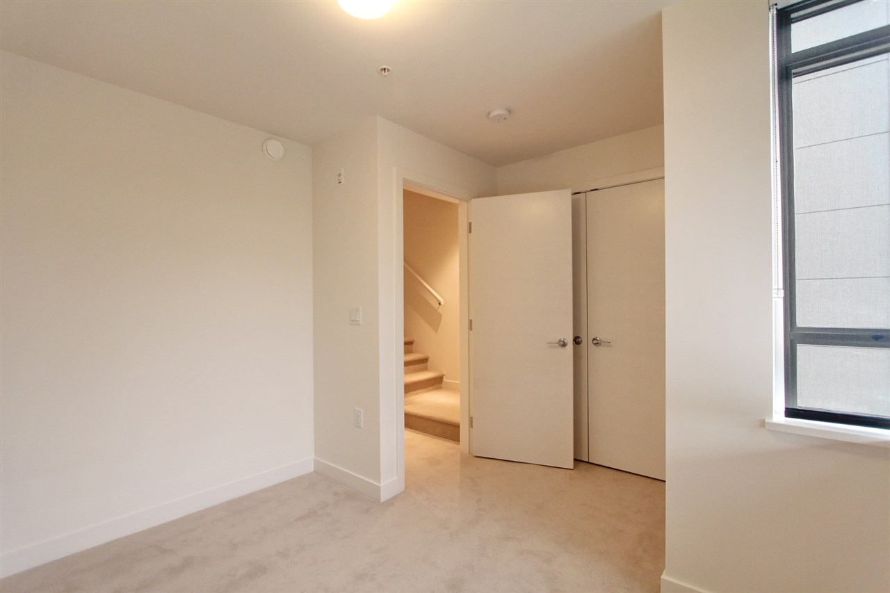 Townhouse at 4068 ASH STREET, Vancouver West, British Columbia. Image 13