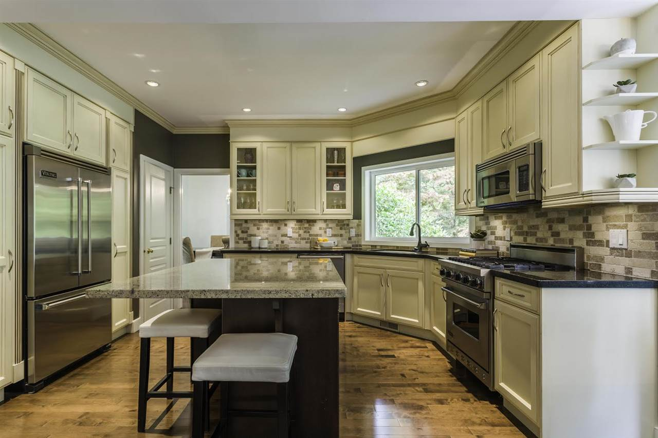 Detached at 1413 MADRONA PLACE, Coquitlam, British Columbia. Image 6