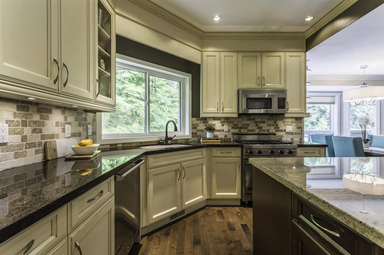 Detached at 1413 MADRONA PLACE, Coquitlam, British Columbia. Image 7